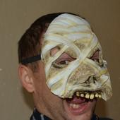 Маска мумии резиновая Хэллоуин