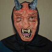 Маска Дьявола на Хэллоуин