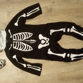 Скелетик на Хелловин, Halloween