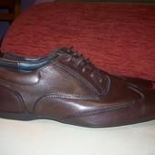 Кожаные фирменные мужские туфли Zara 42 р кожа везде