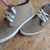 Фирменные ботинки Canadians (Германия) размер 41-длина стельки-27 см