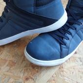 Фирменные ботинки Centered размер 40-41-длина стельки 26,5 см