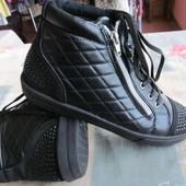 Ботинки деми женские р.38