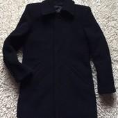 Кашемировое пальто в деловом стиле для мальчика на 7-9 лет