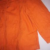Пиджак-ветровка 10 евро размера, на наш 42-44 размер.