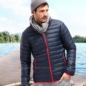 Стеганная куртка от ТСМ (германия) , размер С и М , цвет синий