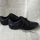 Geox р.43 туфлі красовки шкіряні