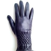 Женские перчатки из натуральной мягкой и эластичной кожи