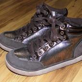 Демисезонные  ботиночки Blve Qveen р.32