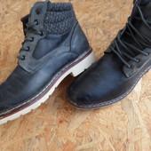 Фирменные ботинки Venice-размер 42-длина стельки 28 см