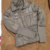 Курточка Kira Plastinina в отличном состоянии!!!