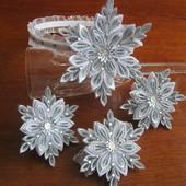 Новогодняя корона, заколки, снежинки. Новорічна корона.