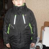 Фирменная лыжная термокуртка на 12лет новая без бирки Англия