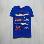Яркая футболка для мальчика. H&M. Размер 4-6 лет. Состояние: отличное