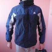 куртка теплая фирменная