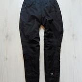 Лыжные штаны для парня. Внизу защитный манжет. Средней плотности. Catmandoo. Размер 10 лет
