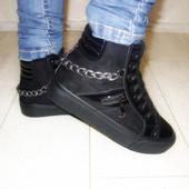 Ботинки лаковый носок цепь на толстой подошве Н5053