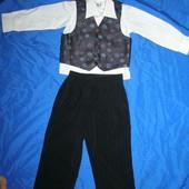 классический костюм на мальчика 3-х лет. 92-98 см рост