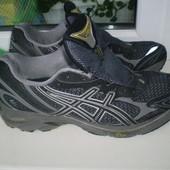 мужские кроссовки Asics р. 44, 28 см