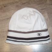 Тонкая шапка Tom Tailor в отличном состоянии
