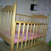 Кроватка деревянная