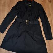 Женский плащ Сastro coat, размер М. В отличном состоянии