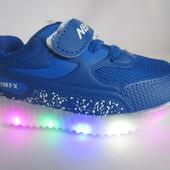 Распродажа  кроссовки с   LED подсветкой 22 р на 13,7 см