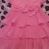 Нарядное платье для девочки на 3-5 лет
