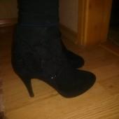 Красивые ботинки для девушки