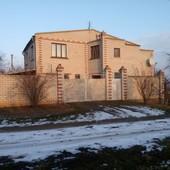 Продам 2 этажный дом Садовое на побережье реки Ингулец