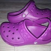 Яркие Hilo Clog от Crocs Оригинал р 10