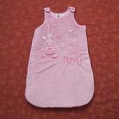 Велюровый спальный мешок на 0-6 месяцев, б/у. На сентипоне.