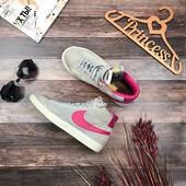 Фирменные теплые сникеры Nike из натуральной замши с контрастной отделкой  SH01006