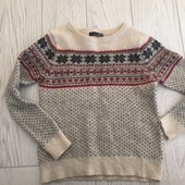 Шерстяной свитерок