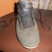 Чорні чоловічі чобітки 46р