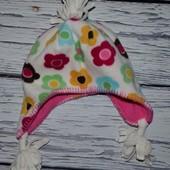 Фирменная шапка девочке в цветочки флисовая 2 - 4 года