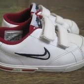 Кожаные кроссовки Nike (оригинал) р.25