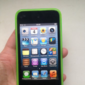 Apple iPod touch 4 Gen 32 GB