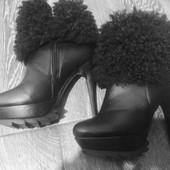 Зимние ботинки на высоком каблуке 37р