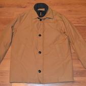 Фирменная куртка горчичного цвета в отличном сост