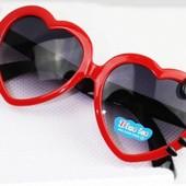 Классные детские  солнцезащитные очки