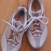кроссовки Reebok, размер 35