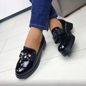 Туфли лаковые Камни