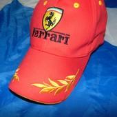 Стильная фирменная кепка Ferrari.56-58