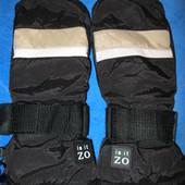 Классные, не промокаемые, двойные рукавицы размер S.