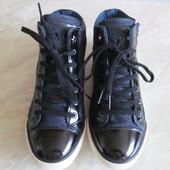 Ботинки женские р-39 Guess