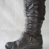 Женские кожаные сапоги Bata р.38 дл.ст 25,5см