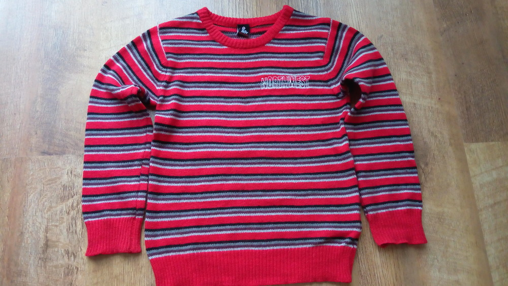 Джемпер, свитер 110р фото №1