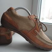 раз.40.Кожаные туфли Clarks