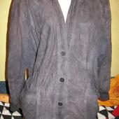 Куртка замшевая,женская,р.54-56.Нюанс.